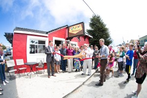 Ribbon Cutting in Seacliff